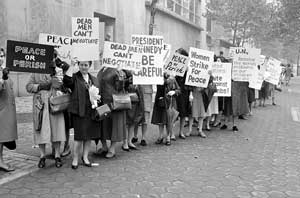 Womens-Strike-for-Peace-Kennedy